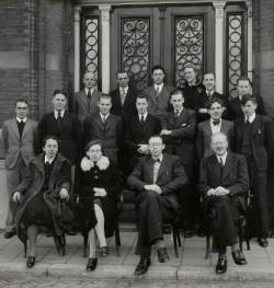 01 Universiteit-A-Dam-1943--427x450-.jpg